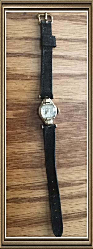 10K RGF c.1940's VINTAGE WW2 ERA Ladies CORT 17J Swiss WRIST WATCH ~ RUNS WELL