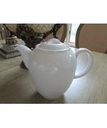 AUSTALIAN FINE CHINA WHITE COFFEE POT TEAPOT 28 OZ MADE IN U.A.E. PRELUD... - $24.70