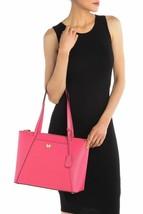 Michael Kors  Maddie Nwt Medio East West Top Zip Ultra Rosa Tote in Pelle - $136.42