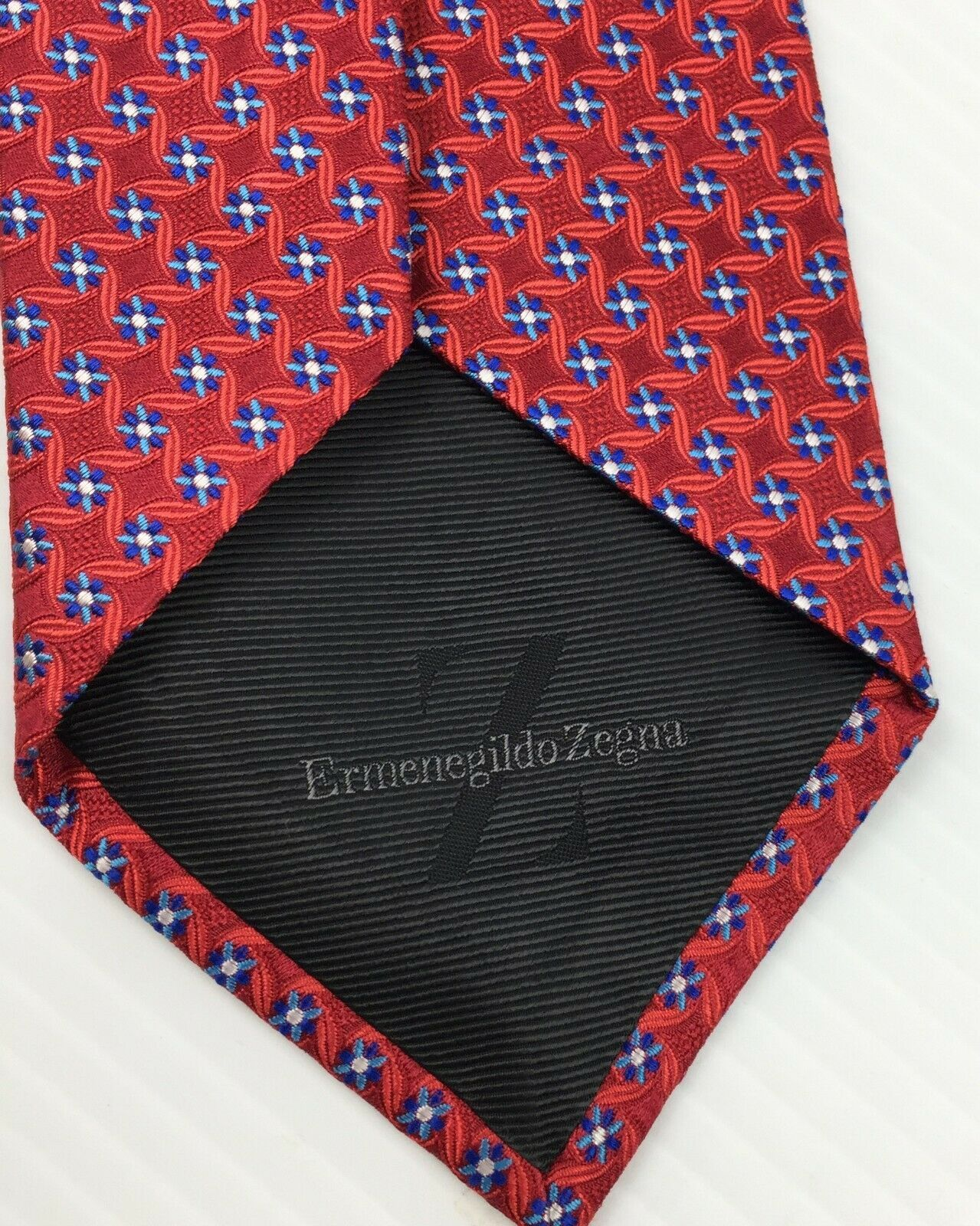 "Current ERMENEGILDO ZEGNA  Red Floral Woven Silk Tie 60"" L"