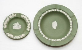 Vintage Set of 2 Pair of Wedgwood Green Jasperware Caesar Plate Ashtray - $15.84