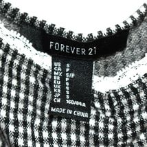 Forever 21 Check Gingham Plaid Cropped V-Neck Tank Top Size S image 3
