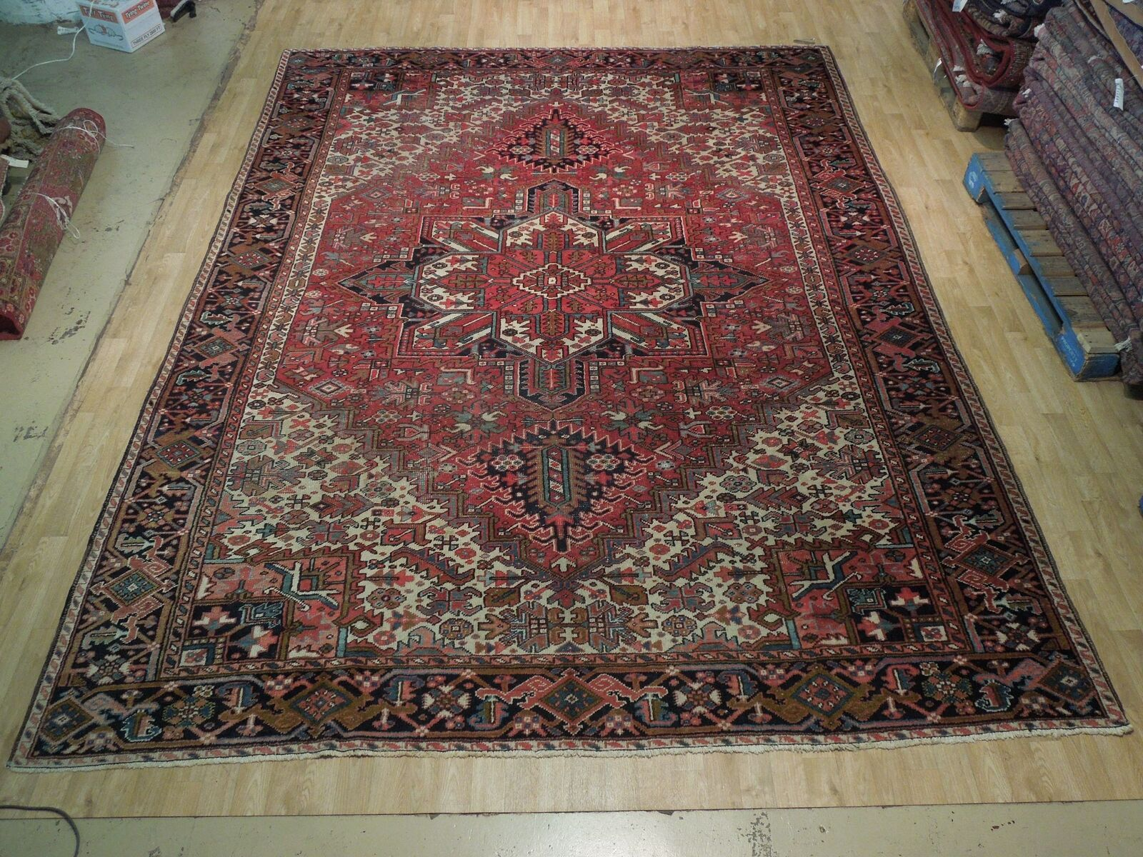 Normal Wear Semi-Antique Persian Handmade 9x12 Burgundy Heriz Wool Rug image 4
