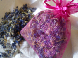 Greek Dried mallow herb. Inflammation, Love, Protection, Exorcism - $5.99