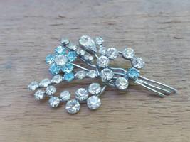 White Blue Crystals brooch in Shape of Flower Bouquet  Vintage Rhineston... - $28.93