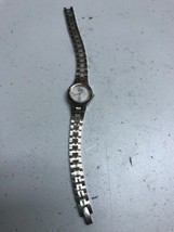 Vintage Citizen Women's Watch Gold/Silver Two Tone 5920 S98586 - $13.32