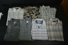 425b4829 Lot of 7 Men's L Short Sleeve Button Up Down Shirts Various