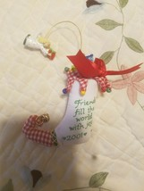 Heirloom Carlton Cards Friends Fill The World With Joy 2001 Ornament - $9.89