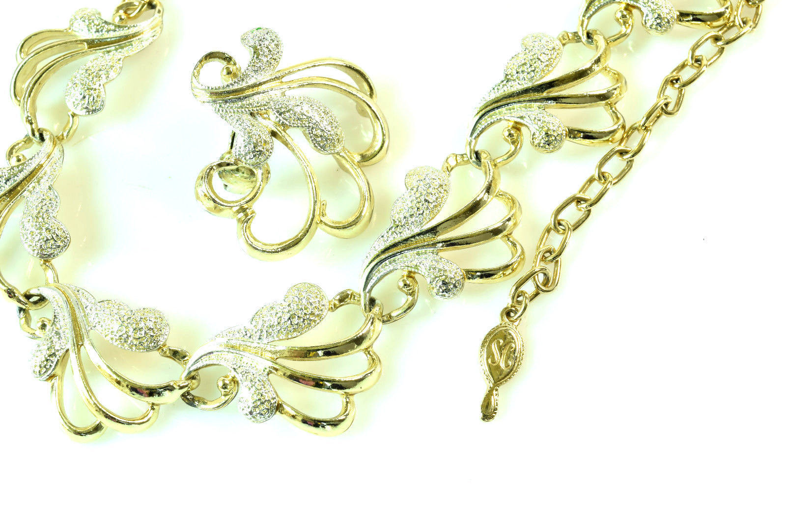 """Vintage SARAH COVENTRY Textured Gold Silver Tone 17"""" Necklace Clip Earrings Set"""