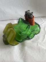 avon bottles collectibles cars Dark Green Golf Cart With Clubs In Back - $5.00