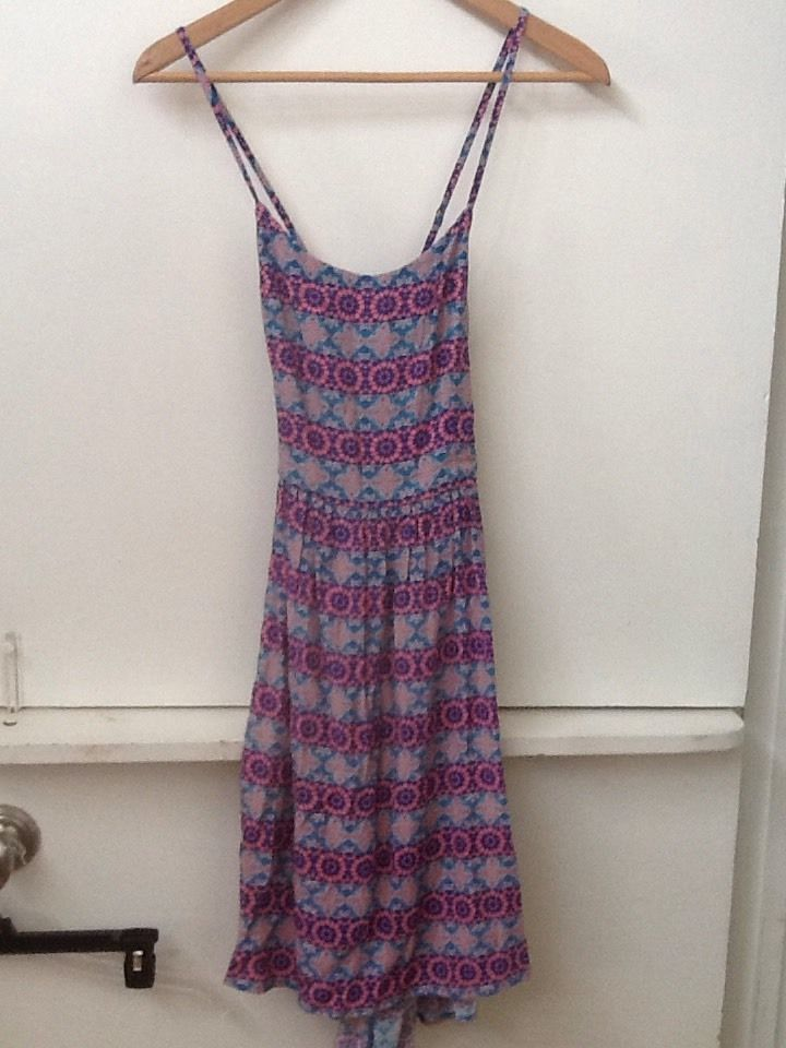 Forever 21 Aqua Pink Geometric Print Cross Back Spaghetti Strap Dress Size S NWT
