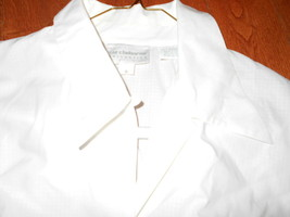 Liz Claiborne Collection White size 6 Button front Excellent Beautiful S... - $14.84