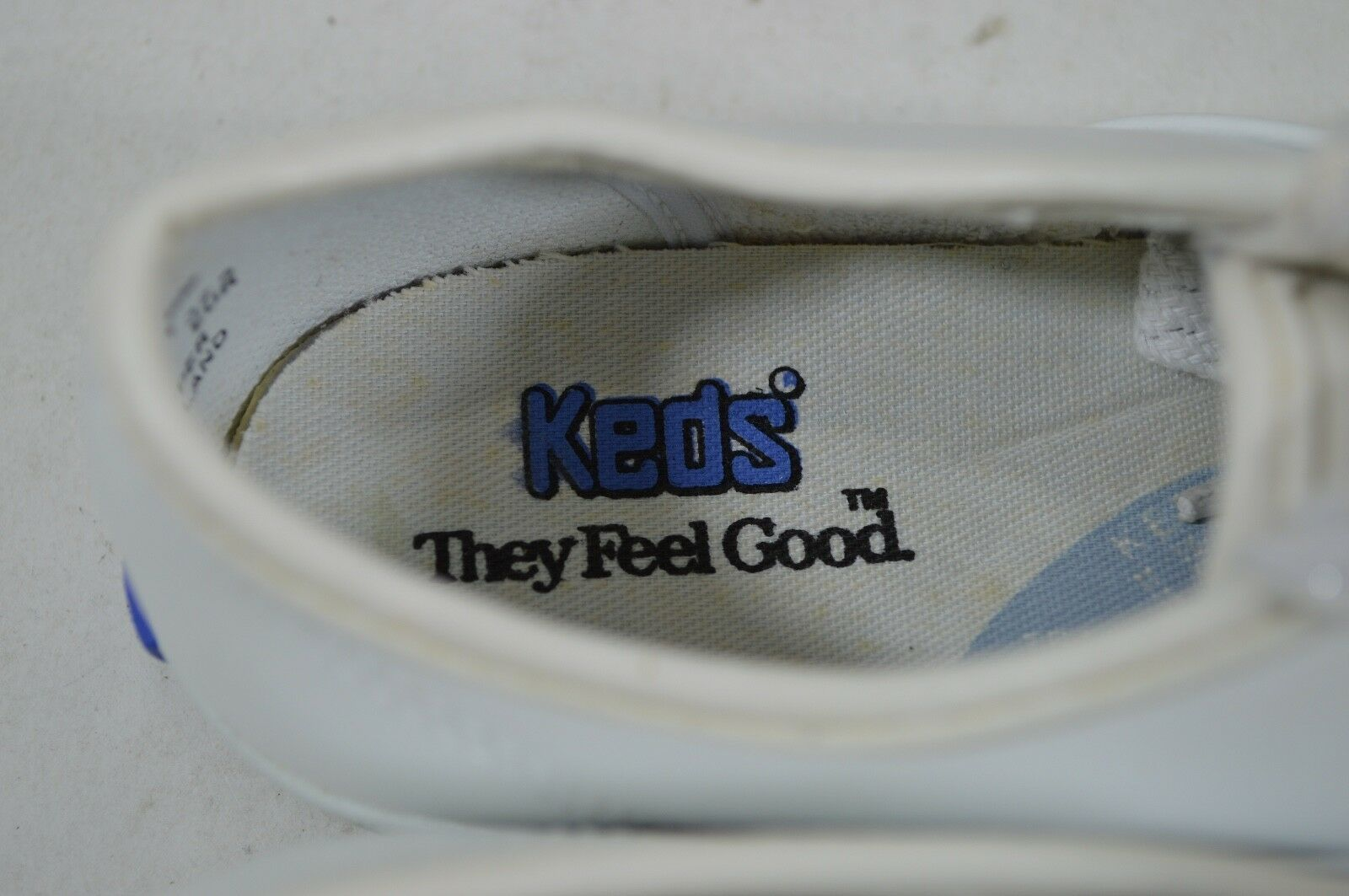Vintage 90s Keds New Girls 2.5 Miss Starlight Leather Casual Lace Up Shoes White