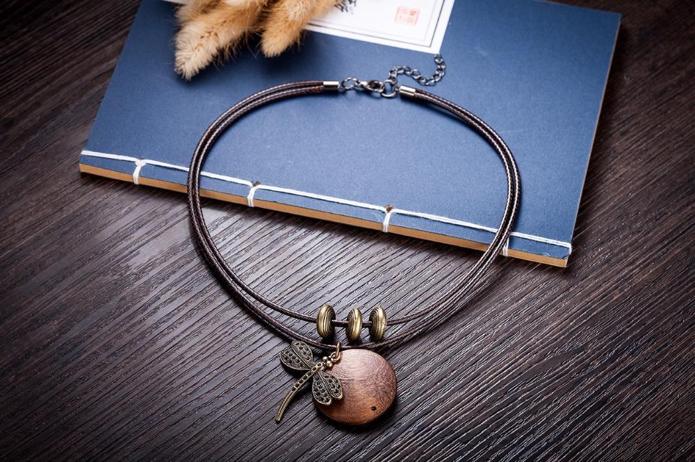 COOSTUFF Vintage Dragonfly Wooden Handmade Necklace / Pendant - Ladies / Women's image 4