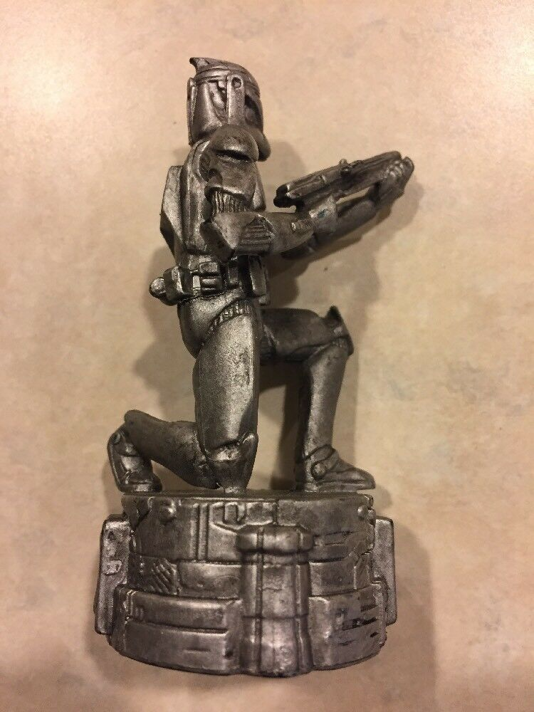 Silver Storm Trooper Pawn 2005 STAR WARS Saga Replacement Chess Piece - $5.89