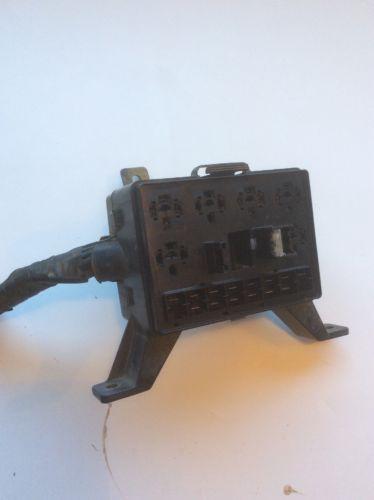 94 dodge dakota under hood fuse box with out fuses and. Black Bedroom Furniture Sets. Home Design Ideas