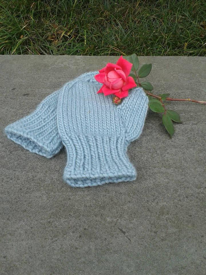hand knit wool gloves, ladies, light blue, mittens