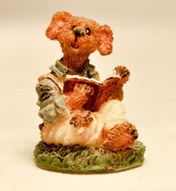 Boyds Town Village - Indy Reads A Book - Miniature Figure - $7.75