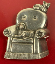 Vintage 1990 Danforth Pewter Metal Dog & Cat Pin Brooch - $14.50