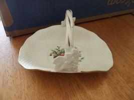 Mikasa Christmas Spirit small basket 1 available - $6.83
