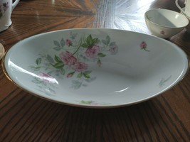 """Meito China Oval Serving Bowl Sweet Heart Pink Roses 11 1/4"""" - $4.46"""