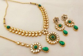Indian GoldPlated Kundan Green Stone Fashion Wedding Bridal Jewelry Necklace Set - $12.19