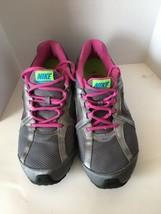 Women's Nike Reax Run 5 Running Training Shoes Silver/ Pink Size 8.5 599562 - $39.95