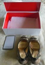 Women's Coach Kerryann Signature Canvas Wedge Shoes Size 8.5 M W/Box - $35.64
