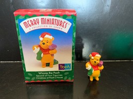 Hallmark Merry Miniatures Figurine #2 in Series Christmas at Pooh's House 1999 - $7.50