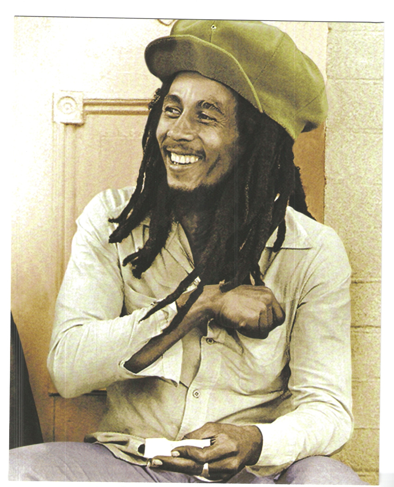 Bob Marley Spliff Roller Vintage 18X24 Color Reggae Music Memorabilia Photo - $35.95