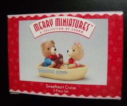 Hallmark Cards Christmas Ornament Merry Miniatures 1996 Sweetheart Cruis... - $8.99