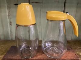 Set Of 2 1950's Vintage Syrup Dispenser & Shaker Restaurant Ware Yellow MCM - $25.00