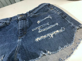 Lee Jeans Distressed Blue Jean Short Shorts Booty Size 8 Long image 3