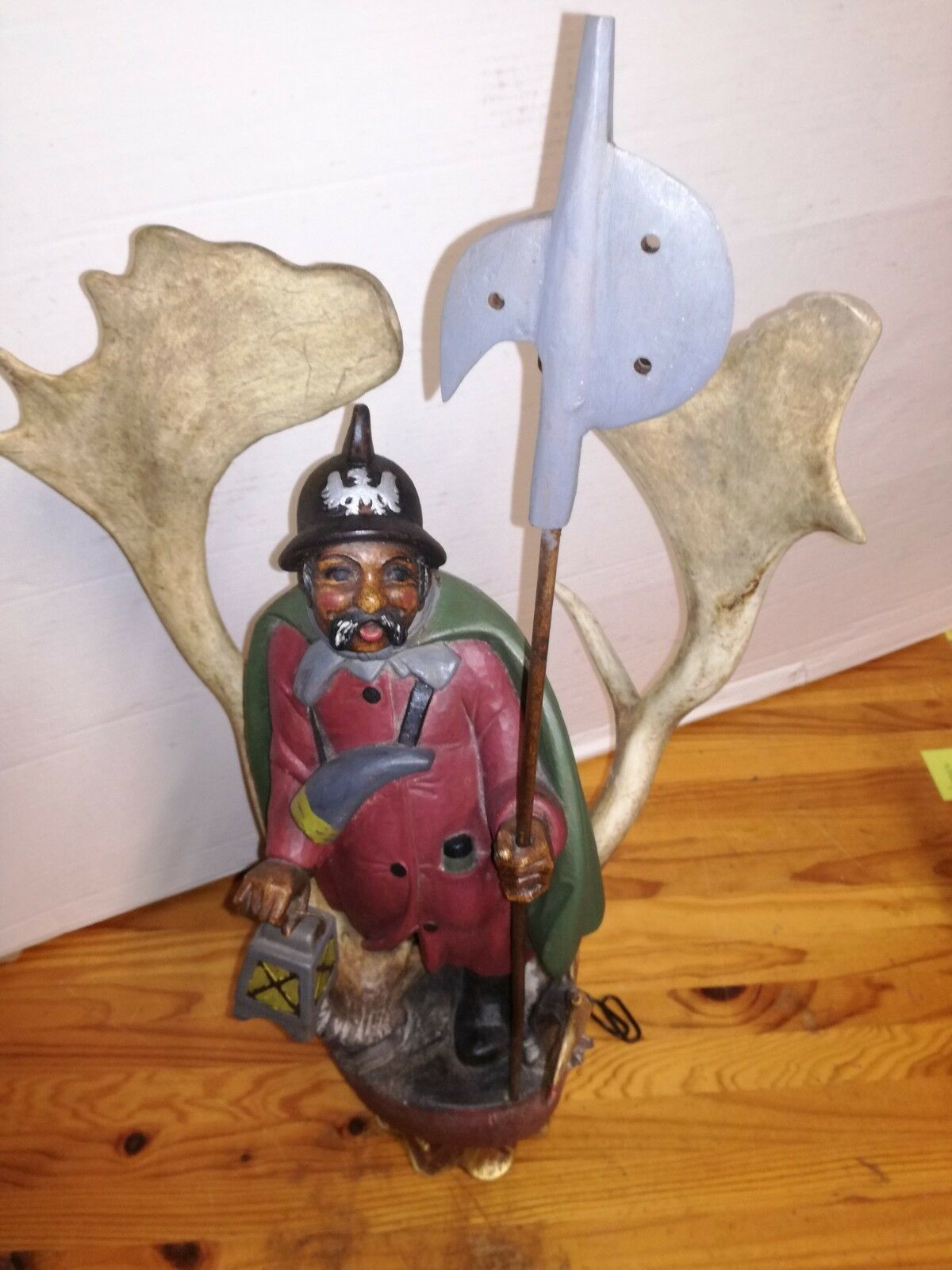 Rare Antique Germany 1930 black forest ceiling lamp wood carved Lüstermännchen image 9