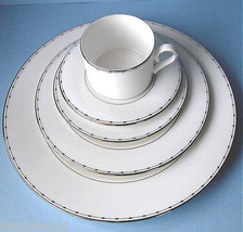 Lenox Grand Central 5 Piece Place Setting Dinnerware Service for 1 New - $52.90