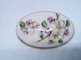 Hand Painted Art Pin Brooch Floral Oval - $9.99