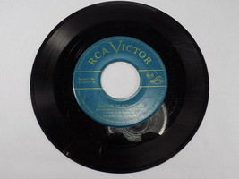 RCA VICTOR 45 RPM VINYL RECORD 47-2989 TEX BENEKE BLUES IN THE NIGHT MARCH - $4.94