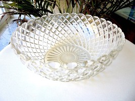 """Anchor Hocking Waterford Pattern 8"""" Wide Bowl - $14.85"""