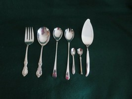 Vintage Lot of 7 Pieces Serving Utensils  Silver Plated - $16.83