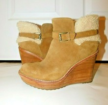 Ugg Australia 1003064 Anais Wedge Ankle Boots size  8 - $35.59
