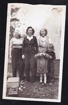 Antique Vintage Photograph Three Women & Little Children Standing in Yard - $6.93