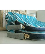 NEW 2 Estee Lauder Makeup Cosmetic Bags~Blue/White/Black~Surprise Gift Included - $14.99