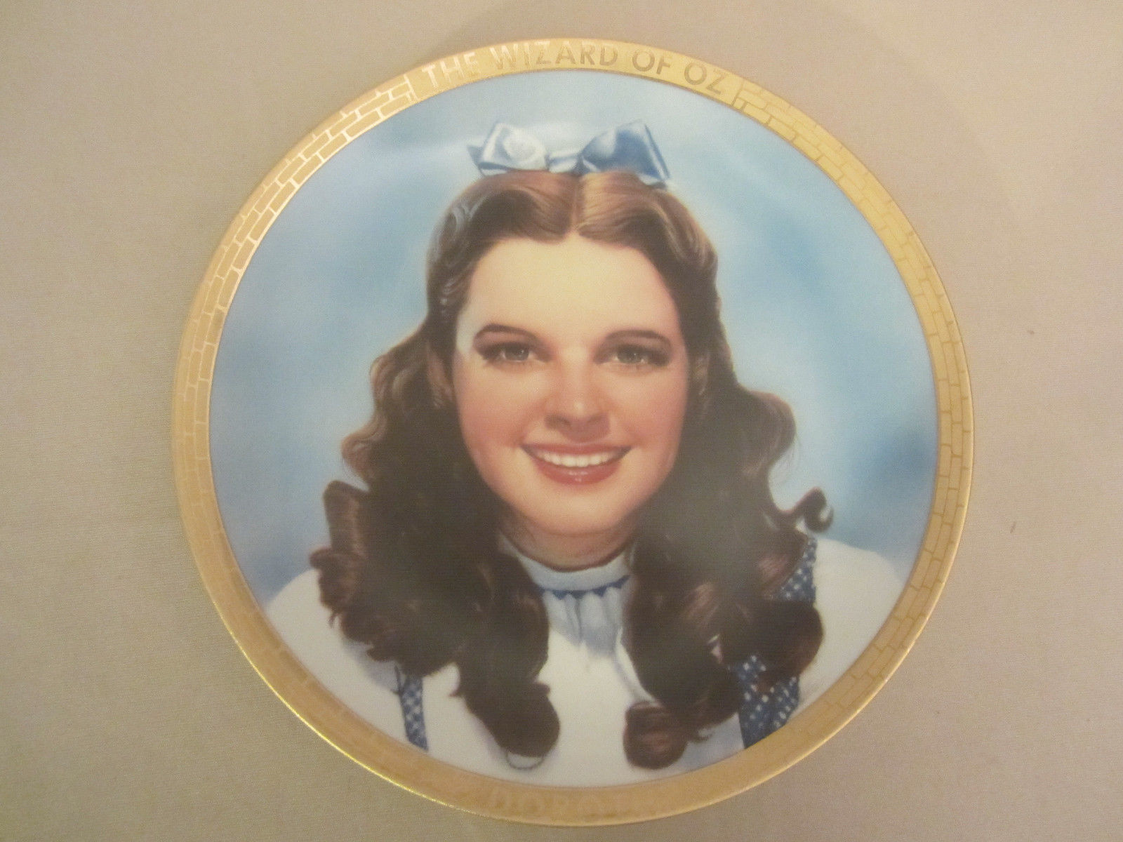 DOROTHY collector plate WIZARD OF OZ PORTRAITS Thomas Blackshear