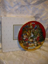 AVON SHARING CHRISTMAS WITH FRIENDS 1992 PLATE - $5.93