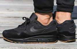 huge discount fed60 bb1f5 Nike Air Max 1 BLACK GUM Size 9 Brand New Fast Shipping (AH8145-