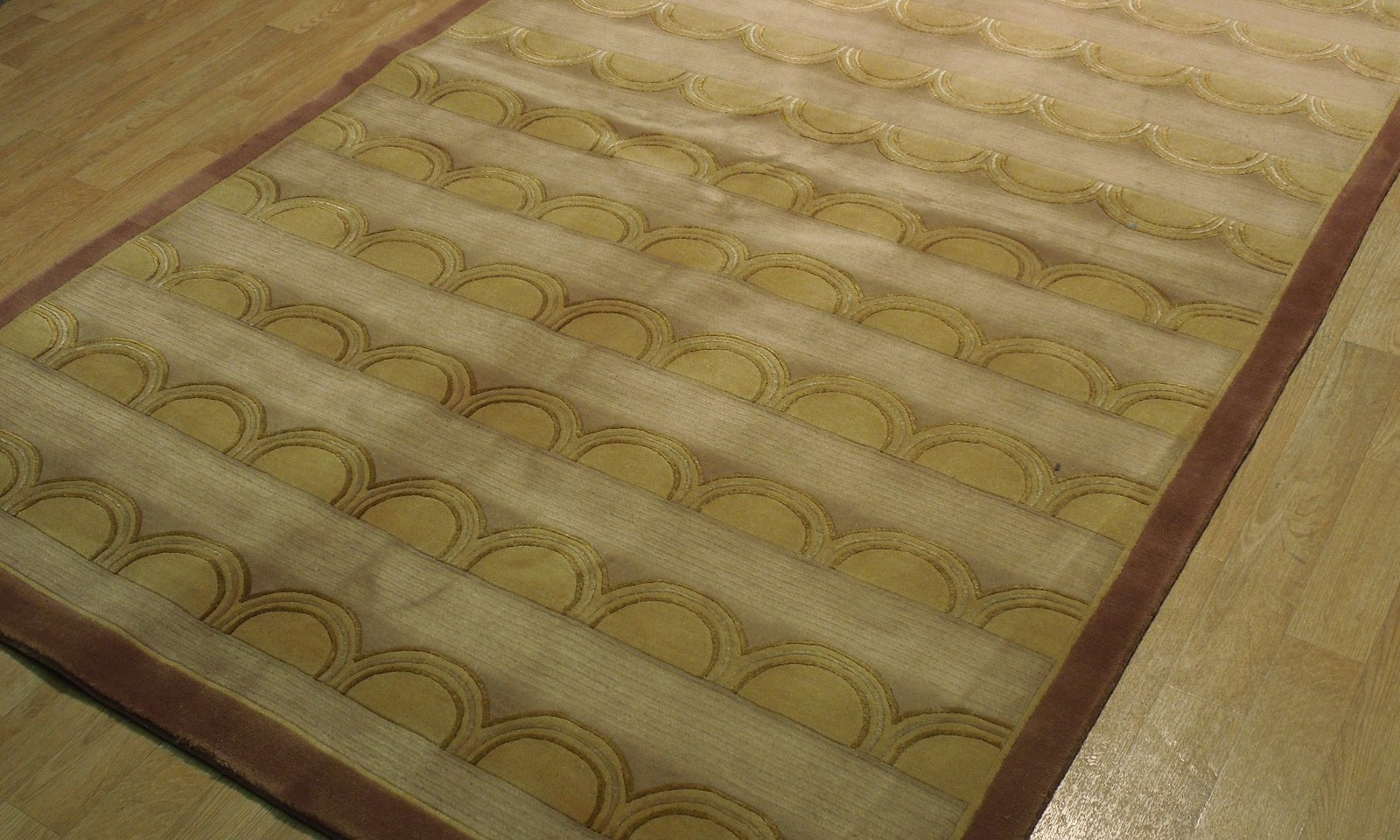 Beige Rug 5 x 8 Wool & Silk Centered Waves Nepalese Hand-Knotted Rug image 9