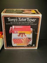 VINTAGE 1977 #1002 TOMY'S TUTOR Typer Typewriter Original Box Toys R Us ... - $16.83