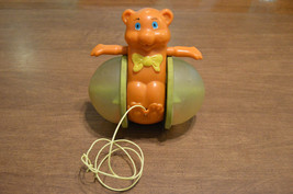 Vintage 1978 Fisher Price Bob Along Bear Pull Toy #642 - $5.44
