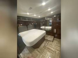 2018 FLEETWOOD DISCOVERY LXE 39F FOR SALE  image 11