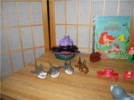 Little Mermaid Vintage 1991-92 TOYS 18 pcs & 3 Little Golden Books Disney  image 5